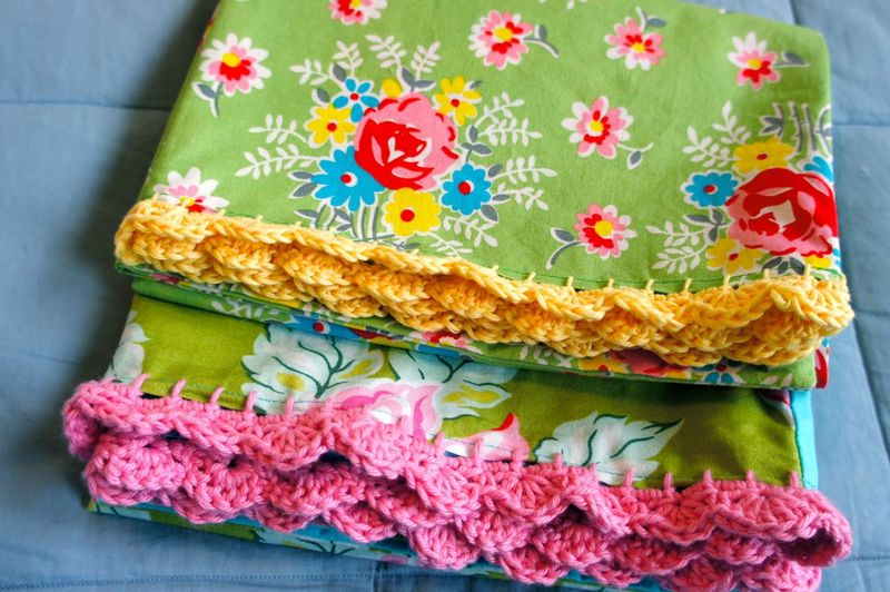 Crocheted Pillowcase2